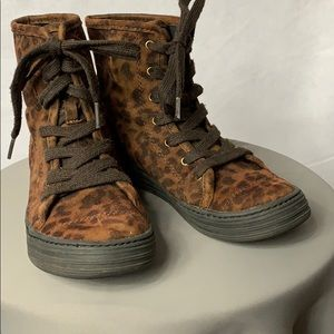 Airwalk Leopard Print High Top Sneakers